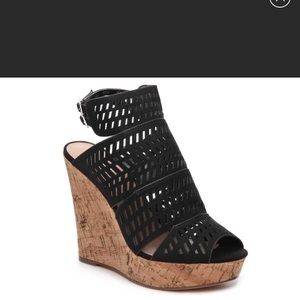Excellent condition Charles David wedges